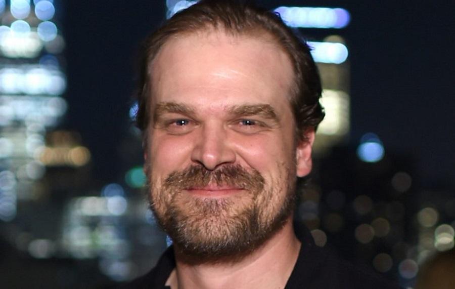 Actor de 'Stranger Things' confiesa haber estado en hospital psiquiátrico