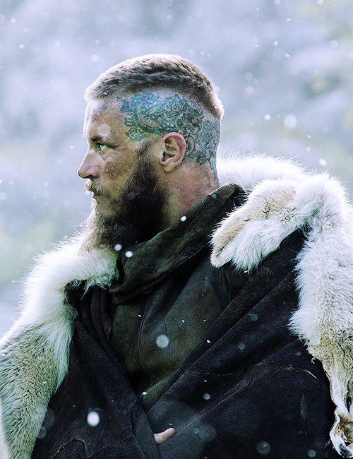01 Vikings El simbolismo de los tatuajes detras de los personajes de la serie