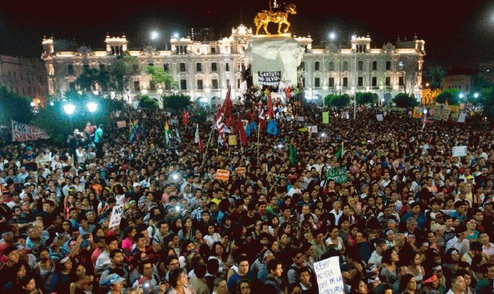 'Bird Box' utilizó imágenes de emblemática protesta en Perú